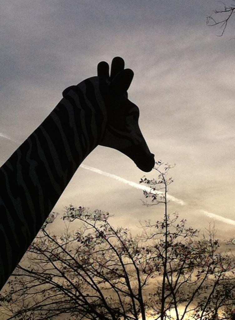 girafe statue